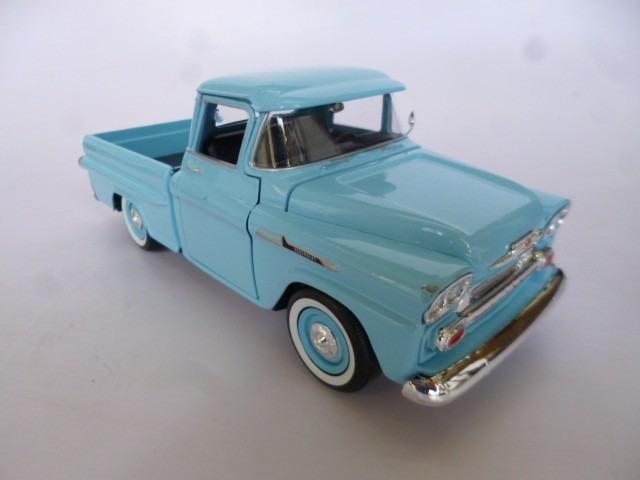 1958 Chevy Apache Escala 124 Metalica Motormax Pickup Azul