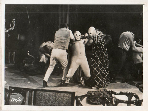 1968 santo el enmascarado de plata vs los villanos del ring
