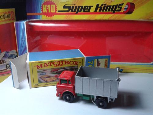 1969 - matchbox lesney gmc truck + box custom  mt02a-