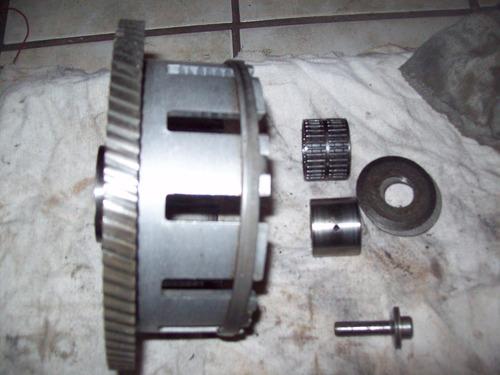 1983-86 suzuki gs550l  campana del clutch buena original
