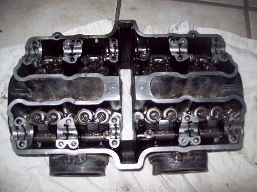 1983 suzuki  gs  550l  cabeza competa original 4 valvulas