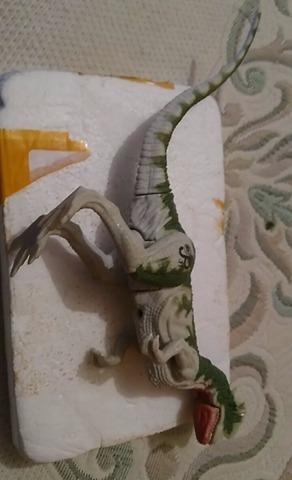 1993 jurassic park jp11 dilophosaurus figure