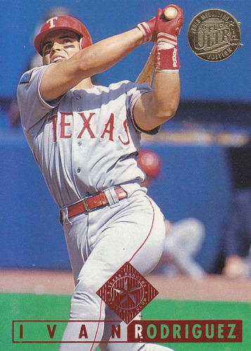 1995 fleer ultra gold medallion ivan rodriguez c rangers
