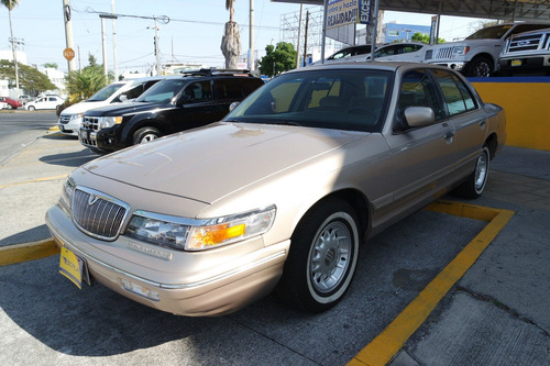 1997 ford grand marquis color arena