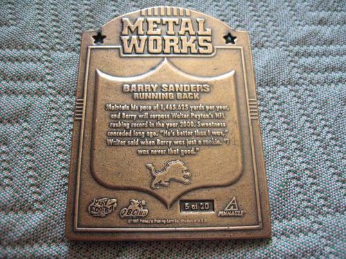 1997 pinnacle xpress metal works barry sanders rb det lions
