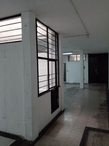 1er piso muy iluminado atrás de periférico san francisco cuautlalpan