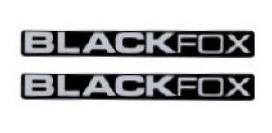 2 adesivos black fox peq. + brinde black fox 2 unidades