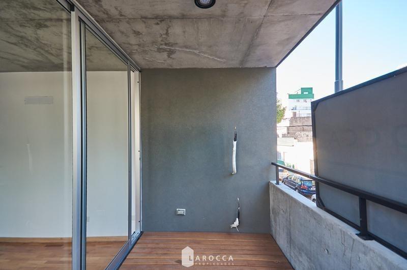 2 amb a estrenar balcón y cochera cubierta