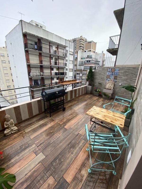 2 amb con balcón terraza
