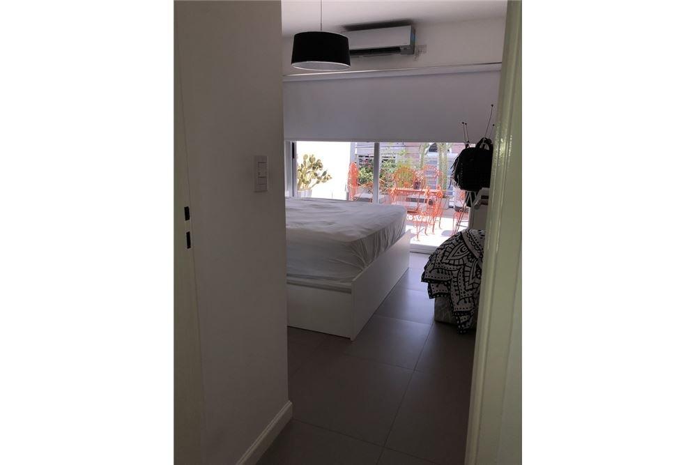 2 amb. con balcon aterrazado, terraza y cochera
