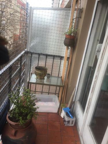 2 amb. con balcon totalmente al frente