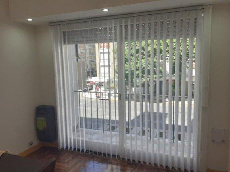 2 amb  con dep, balcon  a la calle y patio