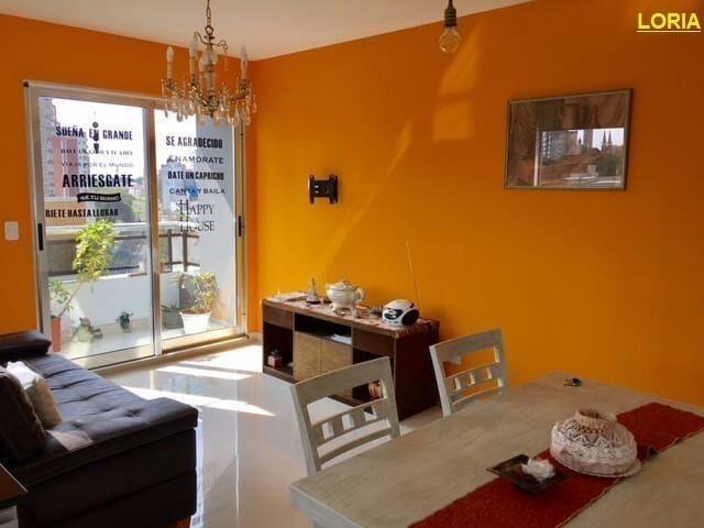 2 ambientes - balcon - parrilla propia - c/ renta.-