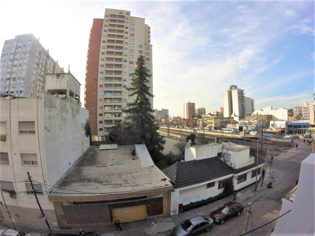 2 ambientes centrico // terraza propia // ramos mejia // venta