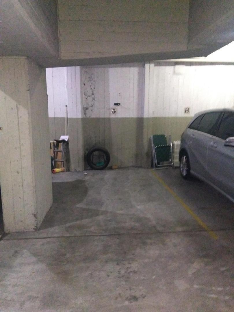 2 ambientes en esquina con cochera