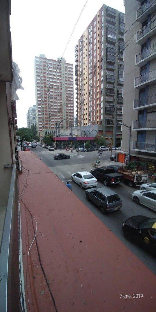 2 ambientes externo con balcón