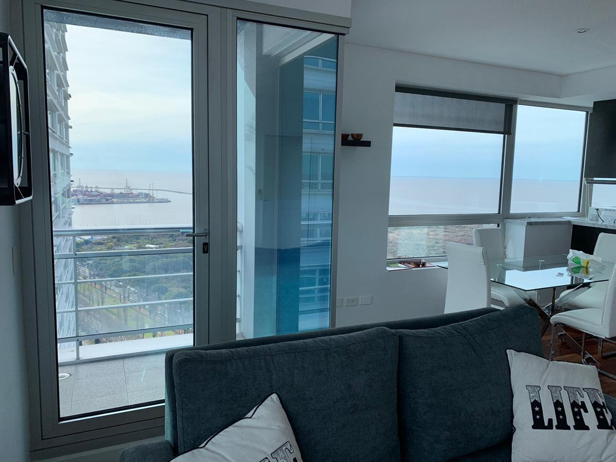 2 ambientes piso alto c/cochera torres del yacht