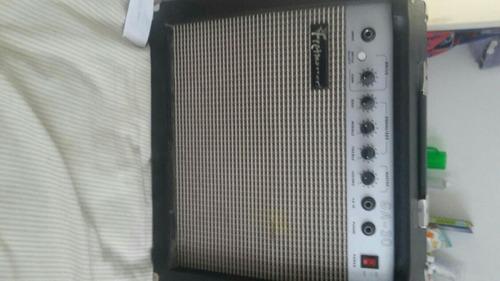 2 amplificador de guitarra  frettmaster 30wts  vendo o cambi
