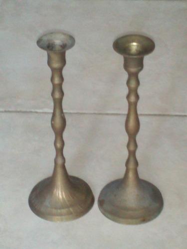 2 antiguos candelabros candeleros para decoracion colección