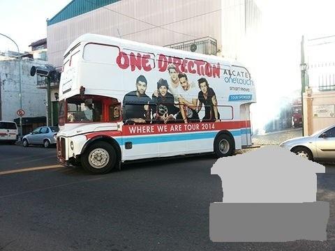2 buses inglés double deck alq. (publicidades / eventos)
