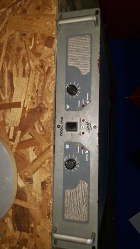 2 cabinas activas de 1400was de potencia y una plata 3000