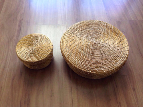 2  caixas em capim dourado ( porta jóias ou decor)