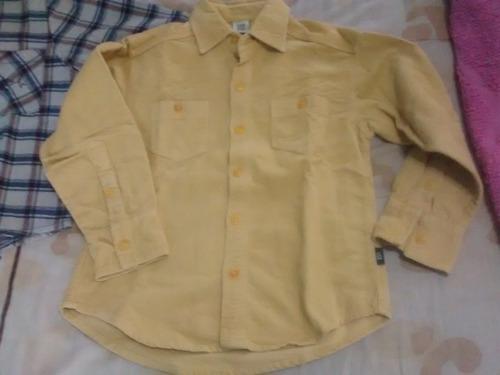 2 camisas como nuevas para niños 6 a 8 años