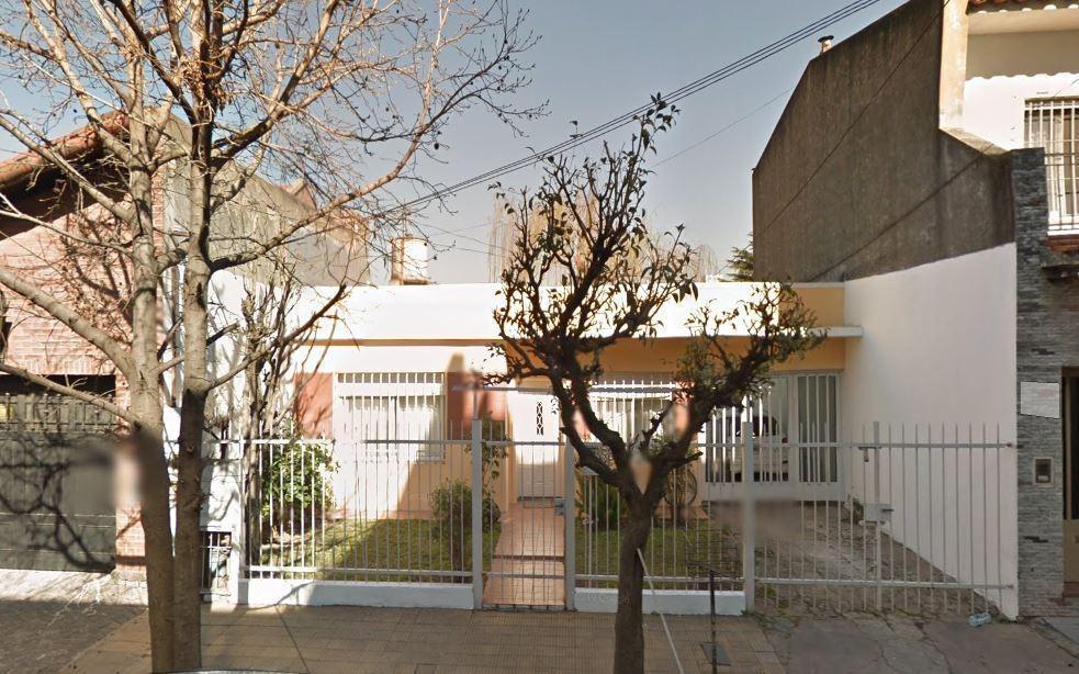 2 casa 3 amb con cochera - solo uso profesional - s.justo (ctro)