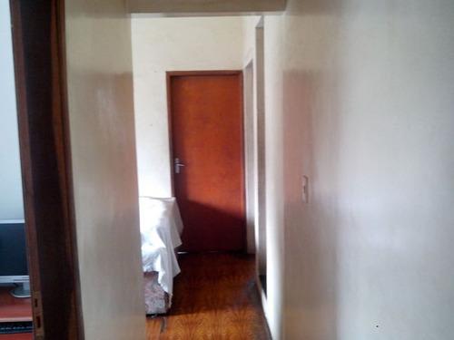 2 casas de 2 quartos e 1 loja - 16519