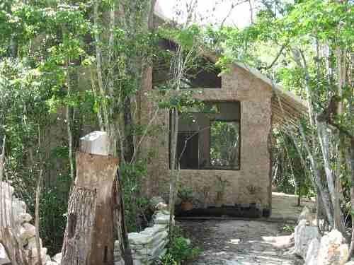 2 casas ecologicas en pueblo sac be playa del carmen p1300