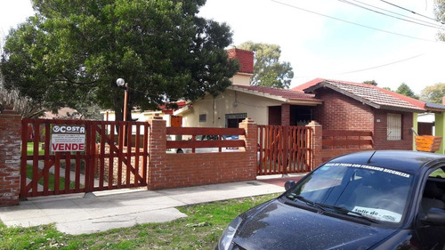 2 casas en block con gas natural