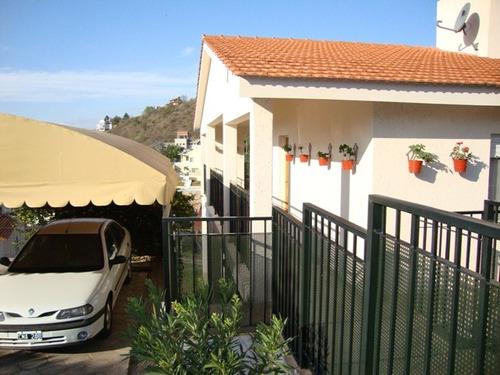 2 casas juntas en carlos paz, con pileta, vista panorámica