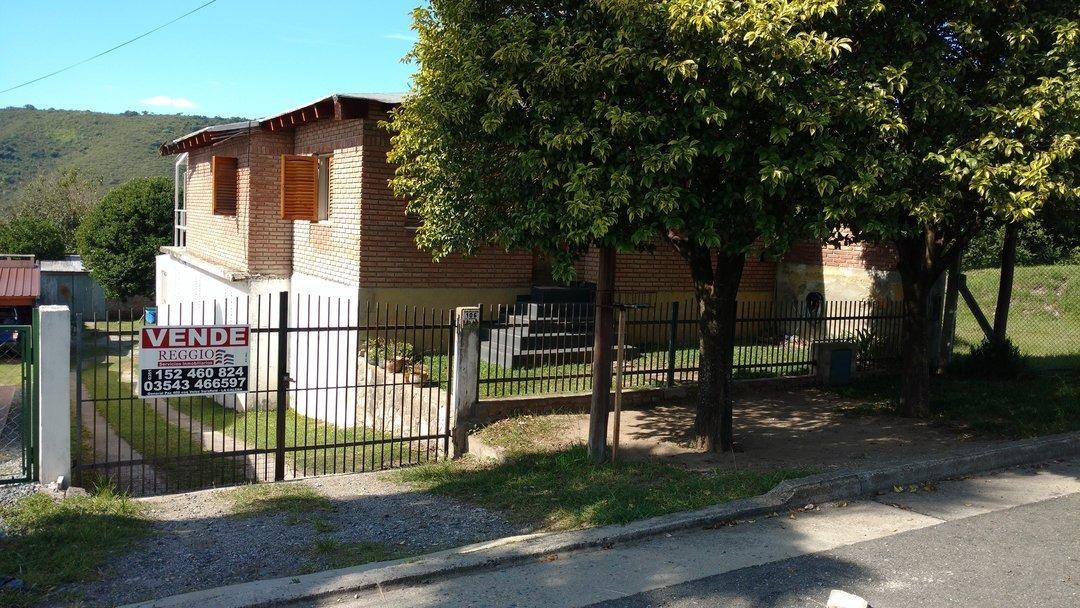 2 casas juntas - la calera - b° stoecklin