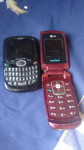 2 celulares antigos,não funcionam