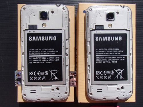 2 celulares samsung s4 mini para repuesto,no anda la placa