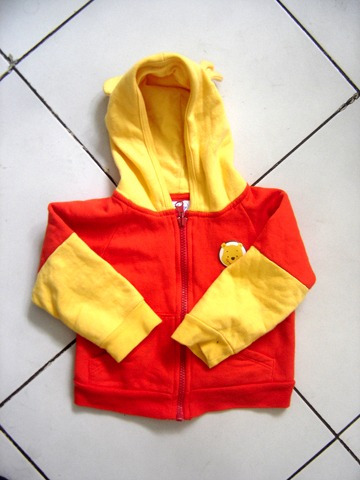 2 chaquetas con gorro bebe