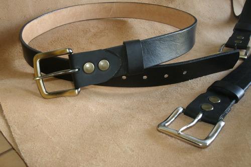 2 cinturon en cuero de color a elección excelente calidad