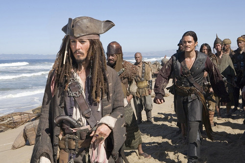 2 discos blu-ray + dvd de piratas del caribe: at world's