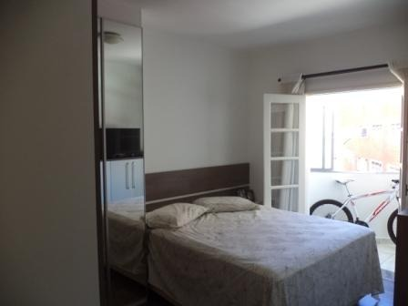 2 dormitórios c/ garagem demarcada - ponta da praia - 515