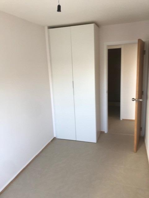 2 dormitorios con gareje
