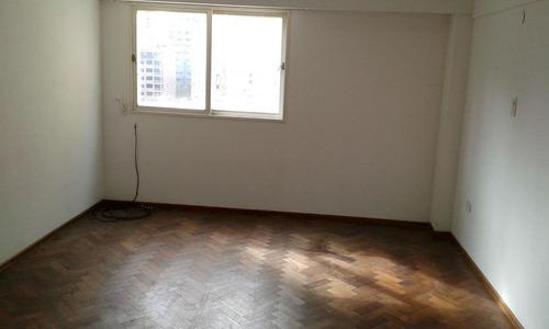 2 dormitorios emplazado sobre bv. oroño