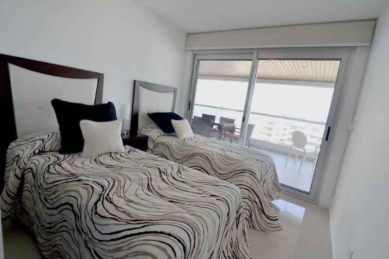 2 dormitorios | lenguas de diamante