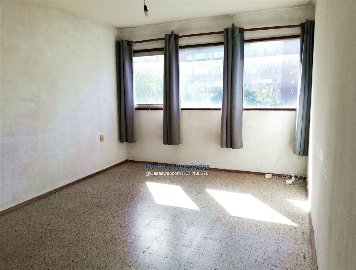 2 dormitorios, luminoso. vivienda o renta