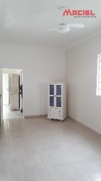 2 dormitórios no centro para locação