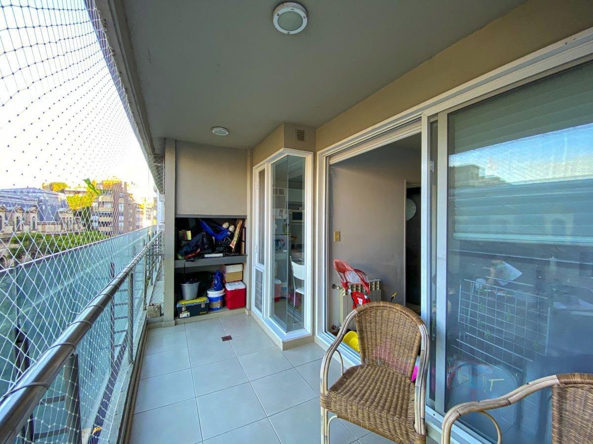 2 dormitorios | parrilla en el balcón