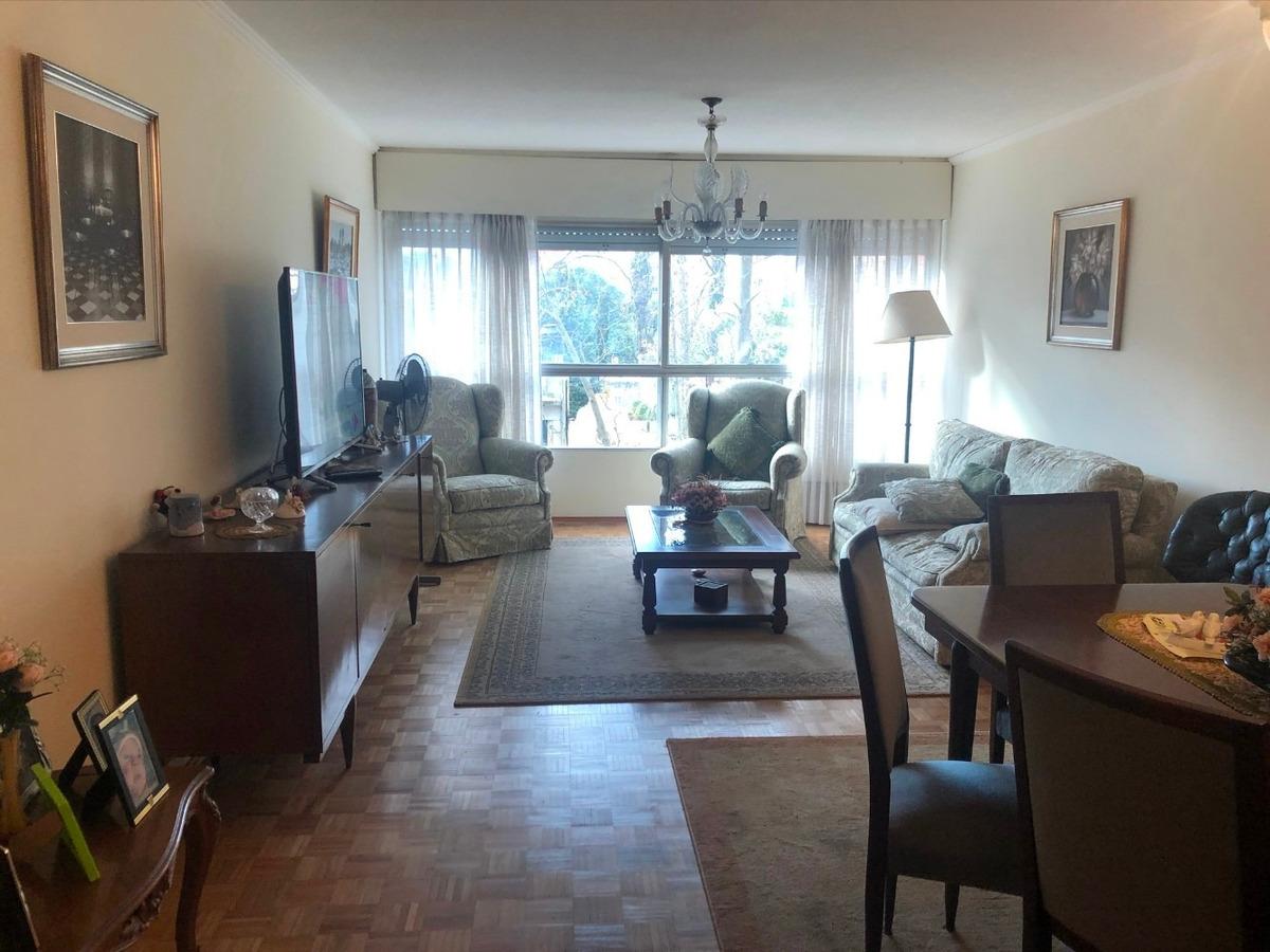 2 dormitorios, servicio completo, garaje