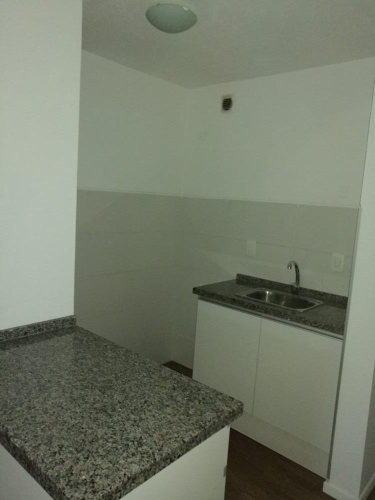 2 dormitorios y garaje a un precio increible!!!