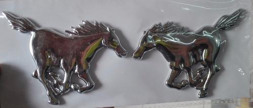 2 emblemas caballos universales envio gratis a todo el pais