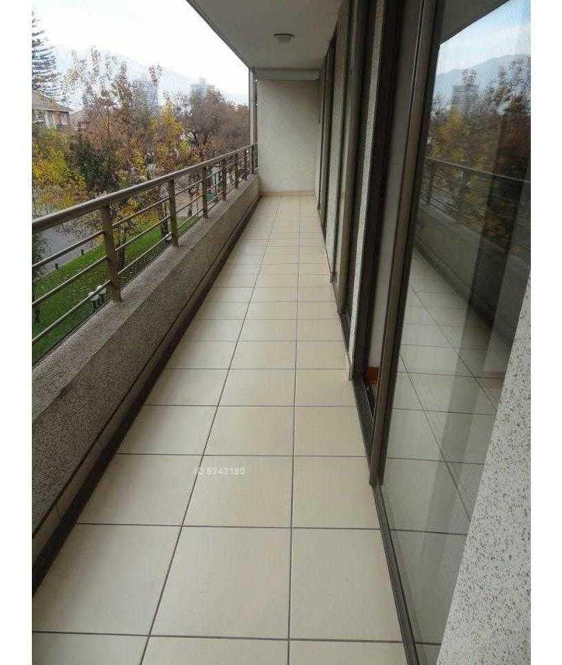 2 estacionamientos / metro colón / amapolas 1475