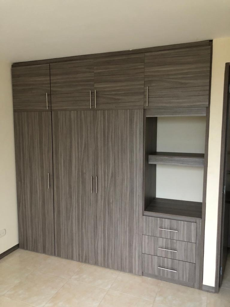 2 habitaciones 2 baños cocina integral sala comedor  y de tv
